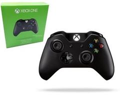 Accessory: Microsoft Xbox One Controller - Black