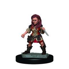 D&D Premium Painted Figure: Halfling Rogue (female)