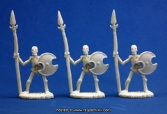 77001 - Skeletal Spearmen (3)